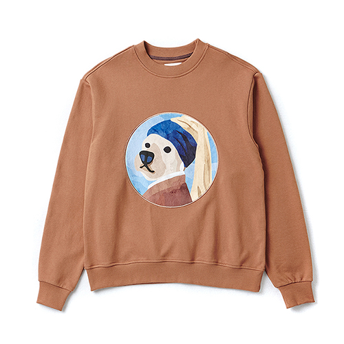 PEARL EARRING DOG PATCH SWEAT-SHIRTS CAMEL